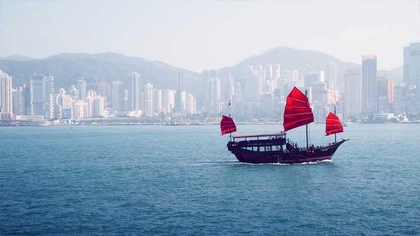 hongkong_red_boat